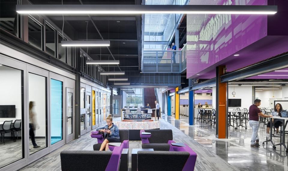 envisioner studio office design